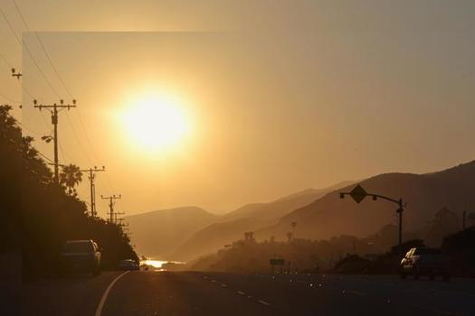 California's higher vehicle-emissions standards have significantly lessened smog pollution. (Jackiebabe/Morguefile)