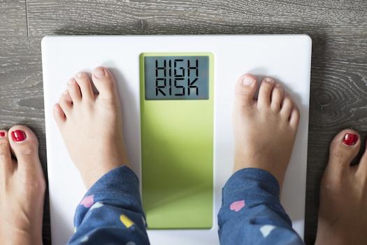 """Más del 11% de oregonianos entre 10 y 17 años son considerados obesos, según la Fundación por la Salud de América (""""Trust for America's Health""""). (adrian_ilie825/Adobe Stock)"""