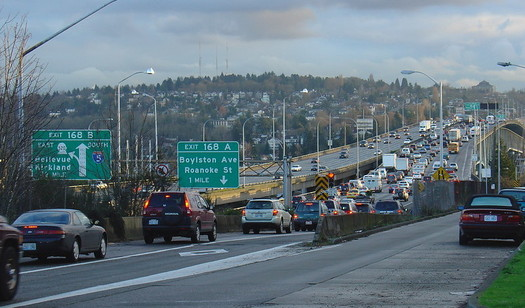 Transportation accounts for more than 40% of Washington state's carbon emissions. (Oran Viriyincy/Flickr)