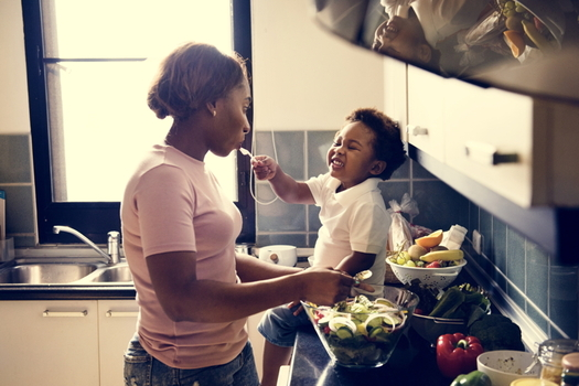 New cooking classes in Baltimore help participants prepare healthy meals to reduce risk of diabetes. (Adobe stock)