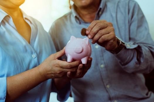 The average public pension in Arizona provides a retirement income of $1,992 per month.  (gballgiggs/Adobe Stock)