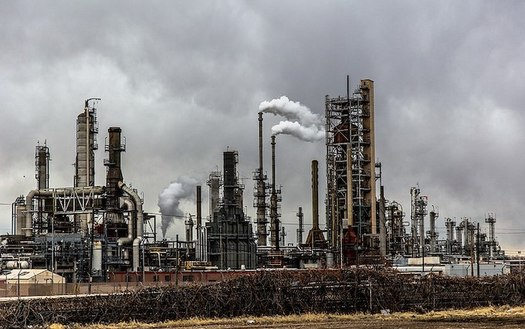 Exposure to benzene, a carcinogen released at oil and gas refineries, can cause vomiting, headaches, anemia, increased risk of cancer and death, according to the U.S. Centers for Disease Control and Prevention. (Patrick Hendry/Wikimedia Commons)