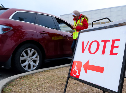 Florida is a closed-primary state, where only people registered as Republicans can vote in Republican primaries, and only those registered as Democrats can vote in Democratic primaries. (Ken Jones/Flickr)