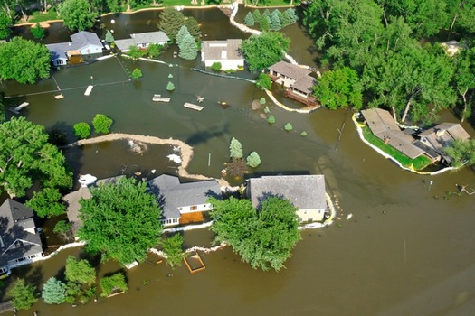 A new report says officials need to rethink the levee system used to control flooding on the Lower Missouri. (Tech. Sgt. Oscar Sanchez)