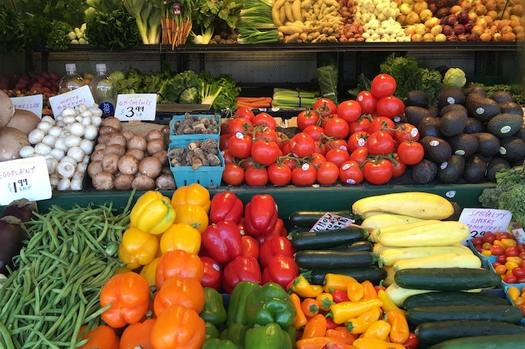 The Nebraska Food Council, with support from the Lincoln-Lancaster County Food Policy Council, announced compliance plans with CDC recommendations to make sure Nebraska farmers markets, farm stores and roadside stands remain open during the public health emergency. (Keven S/Pexels)