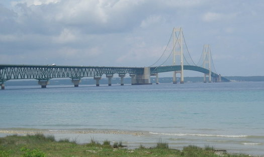 The Enbridge Line 5 replacement pipeline would be buried beneath the Straits of Mackinac. (Wikimedia Commons)