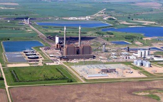 Coal Creek Station, North Dakota's largest coal plant, has been operating since 1979. (mnopedia.org)