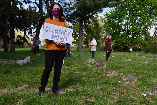 Families and advocates demand testing of all incarcerated people and clemency for those most at risk of COVID-19.  (Walter Hergt/North Star Fund)