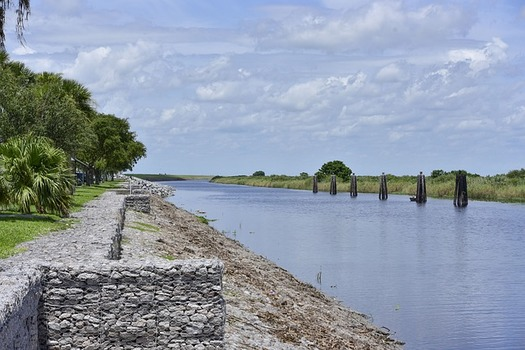 The U.S. Army Corps of Engineers manages Lake Okeechobee water levels with the goal of balancing flood control, public safety, navigation, water supply and ecological health. (ernie114/Pixabay)