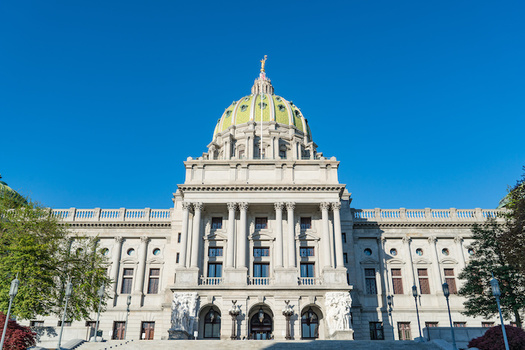 The state Senate approved the bill 26-24 with four Republicans joining Democrats to vote no. (pabrady63/Adobe Stock)