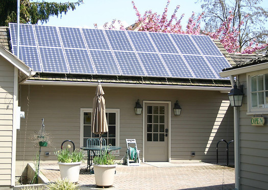 The technology already exists to make Oregon homes completely sustainable, but not everyone knows how to get it. (Theresa Hogue/Oregon State University)