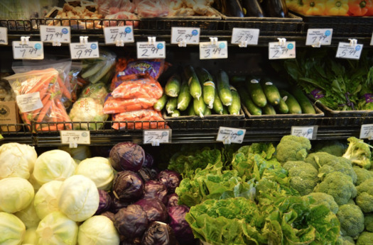 Colorado's Double Up Food Bucks program is now available year-round. In addition to farmers markets, vendors include two Save-a-Lot locations; one in Pueblo and one in Colorado Springs. (Pxhere)