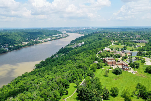 Nutrient loading in the Ohio River leads to harmful algae blooms that threaten drinking water. In 2019, one bloom occurred that spanned 300 miles; 2015 saw another across 700 miles. (Rick Lohre/Adobe Stock)