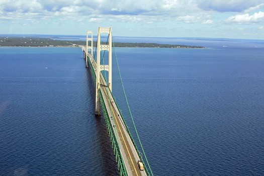 The Line 5 pipelines run as deep as 270 feet below the surface of the Straits of Mackinac. (Justin BillauFlickr)
