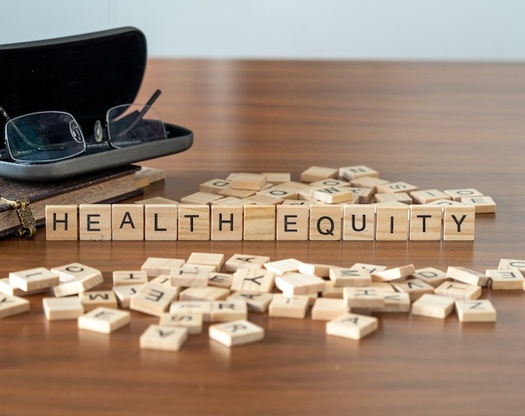 CareOregon está otorgando $455,000 en subsidios a ocho grupos para cerrar las disparidades de salud entre los grupos afectados por la discriminación. (shane / Adobe Stock)