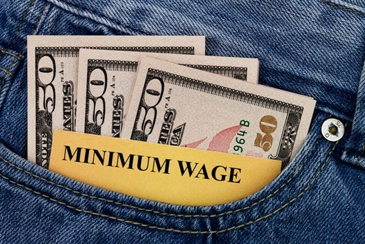 A new report says raising Ohio's minimum wage to $15 by 2026 will create $4.9 billion in annual earnings for the state's workforce overall. (Adobe Stock)