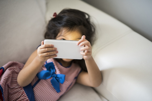 The World Health Organization and American Academy of Pediatrics recommend no screen time at all for children until 18 to 24 months, except for video chatting, and say kids ages 2 to 5 should get an hour or less of screen time per day.(Adobe Stock)