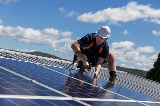 A proposal for a federal plan to convert 30 million homes to rooftop solar over the next five years would bring thousands of new jobs and lower energy bills to Arizona. (Zstock/Adobe Stock)