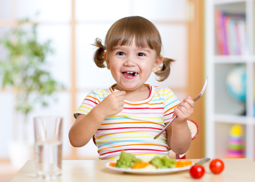 The number of children whose families receive SNAP benefits in Ohio decreased from 32.2% in 2019 to 29% in 2020. (Adobe Stock)