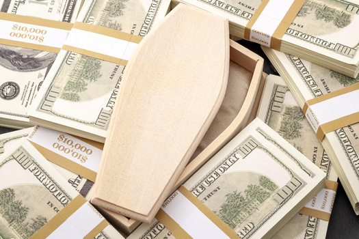 FEMA program will reimburse families for funeral expenses of multiple COVID victims, up to a limit of $35,500 per applicant. (Victor Moussa/Adobestock)