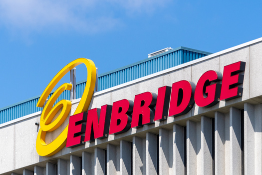 The Canadian company Enbridge Energy has built a new oil pipeline in northern Minnesota that has capacity of 760,000 barrels per day. (Adobe Stock)