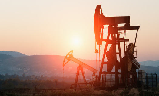 In a new poll, 71% of all registered voters support strengthening rules to reduce oil and gas methane pollution, including 73% of Independents and 50% of Republicans. (Adobe Stock)