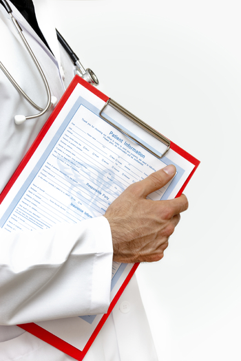 PHOTO: Image of doctor with clipboard