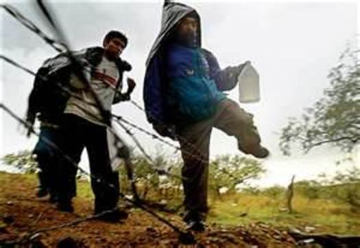IMAGE: Border Crossers in Arizona CREDIT: US Open Borders