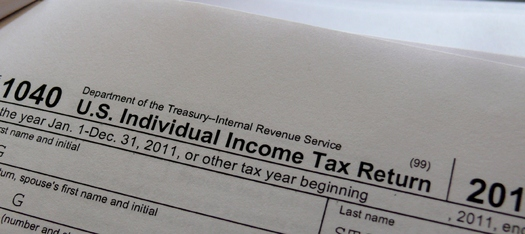 PHOTO:  Helpers needed for free tax preparation assistance in Kentucky.