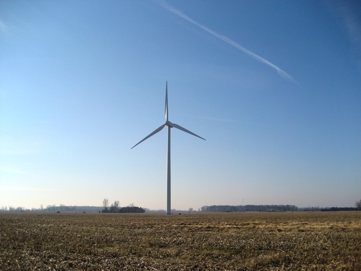 PHOTO: Picture of wind turbine in Bowling Green, Ohio. Credit Justin Zollars.