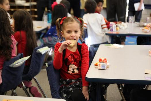 PHOTO: About 44 out of 100 students in Washington who qualify for free or reduced-price lunches also eat breakfast at school. That's up 5.5 percent from the previous year. Courtesy of Food Research & Action Center.
