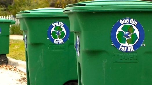 """PHOTO: The city of Houston is considering a move to """"One Bin For All"""" Waste Management, but the Texas Campaign for the Environment says it's a move in the wrong direction. Photo credit: Public Domain"""