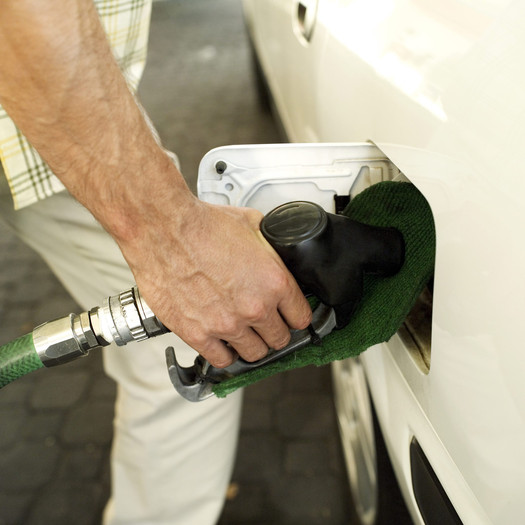 PHOTO: Maryland General Assembly considers gas tax increase to pay for road projects. Photo credit: Microsoft Images