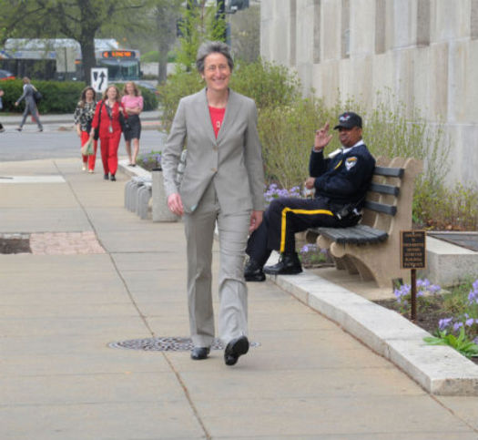 PHOTO: Interior Secretary Sally Jewell arrives at the Department of the Interior. Photo by Tami A. Heilemann, Office of Communications, Department of the Interior.