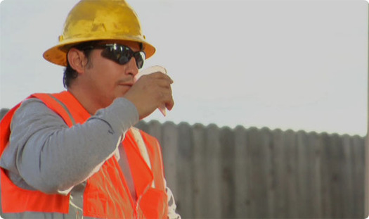 PHOTO: Federal agencies are issuing warnings to outdoor workers to heed weather warnings and take precautions against extreme heat. Photo credit: OSHA.gov