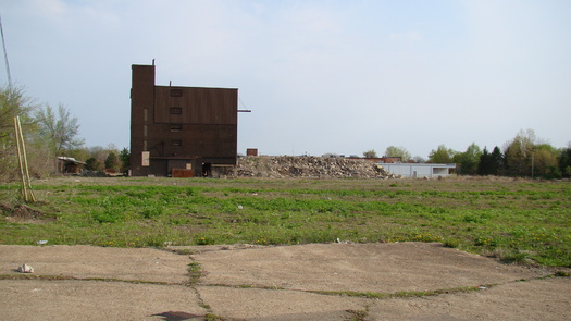 PHOTO: Brownfields -- toxic waste-filled empty lots -- are being cleaned up around New York State, but, a new (EANY) report say communities that need cleanup and redevelopment the most, are missing out on valuable tax credits. Courtesy Wikipedia.org