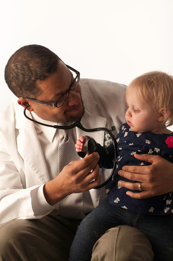 Photo: There are thousands fewer kids going without health coverage in New England, but a new poll shows many are missing out on that good news. Photo credit: Georgetown University Center for Children and Families