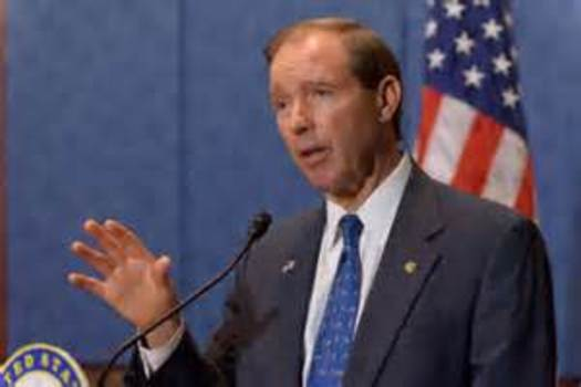 PHOTO: Helping veterans avoid homelessness and have better access to education is the focus of amendments that U.s. Sen. Tom Udall, D-N.M., is pursuing in a massive defense bill moving through Congress. Image credit: Sen. Tom Udall.