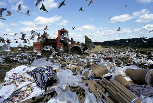 PHOTO: A new report on active landfills in the state finds that at least 40 percent are leaking toxins. CREDIT: Bill McChesney