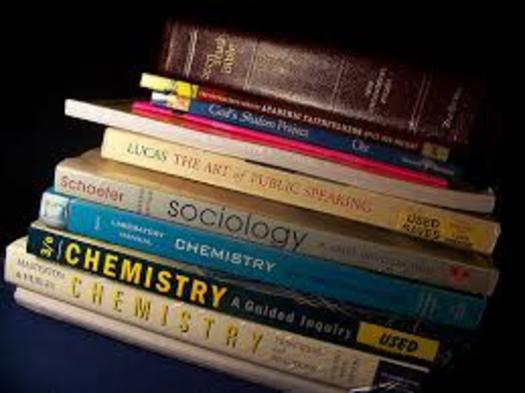 PHOTO: Textbooks are one of the largest out-of-pocket expenses for college students, according to a new report which proposes cost-saving alternatives that could help students save and learn more. Photo courtesy of stockphotosforfree.com