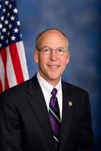 "PHOTO: ""Zero"" or hero? Oregon 2nd Dist. Congressman Greg Walden scored a zero on the 2013 Nat'l. Environmental Scorecard, released this week by the League of Conservation Voters. It's a compilation of how members of Congress voted on a variety of public health and environmental legislation. Photo credit: Wikipedia.com."