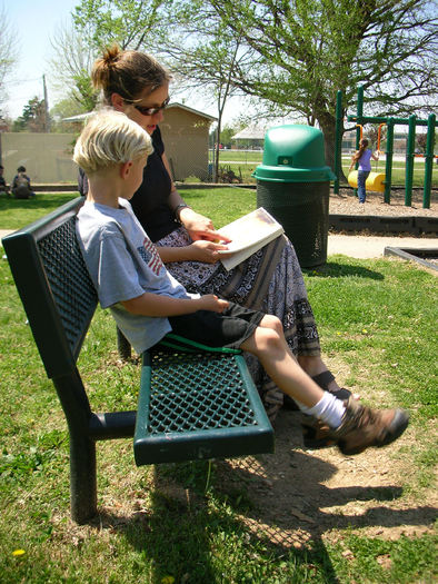 PHOTO: It's National March into Literacy Month, and experts say parents play a vital role in promoting literacy. Photo credit: morgue file.