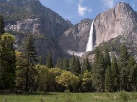 PHOTO: A new National Park Service (NPS) report shows that more than 36 million visitors to national parks in California spent more than $1.5 billion and supported 20,287 jobs in the state in 2012.Credit: National Park Service.