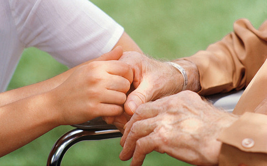 PHOTO: Home health aides play a big support role for seniors who live at home. However, in New York, they're barred from performing many key nursing tasks. A proposal in Gov. Andrew Cuomo's budget would change that. Photo credit: Portaldelsur ES/CC