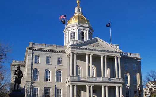 Gov. Chris Sununu has four days remaining to sign Senate Bill 10, which calls for the state minimum wage to increase to $10 per hour in 2020 and $12 per hour in 2022. (AlexiusHoratius/Wikipedia)