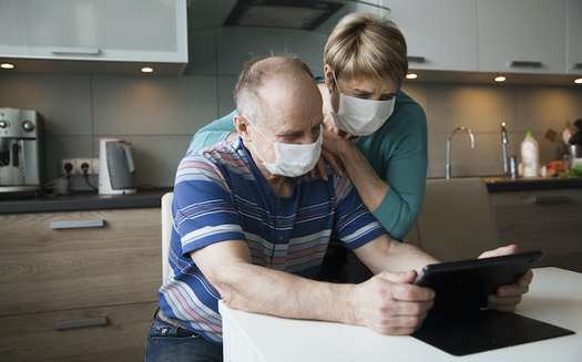 Mutual aid groups are popping up across the country to help people who are isolated during the COVID-19 outbreak. (ulza/Adobe Stock)