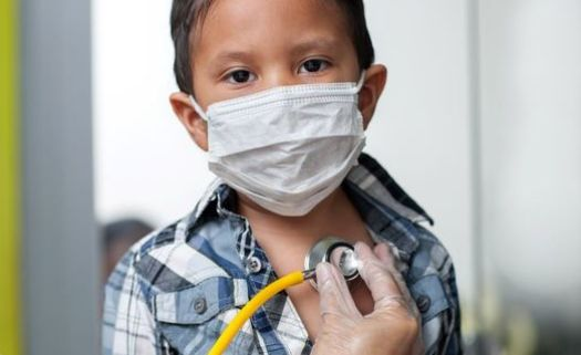 In Illinois, 5.6% of Latino children do not have health insurance, compared to 4% of all children in the state. (Adobe Stock)