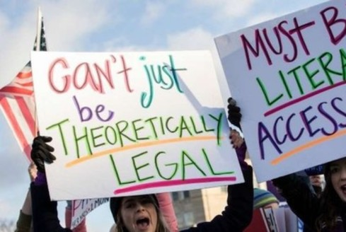 Forty-three percent of Texas women live in counties with no abortion clinic, according to Pro-Choice America/Texas. (commondreams.org)