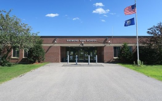 Republicans in the New Hampshire Legislature approved a grant aimed at doubling the current number of charter schools in the state. (Wikimedia Commons)