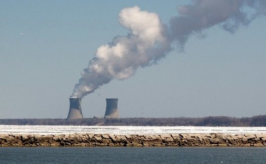 The Perry Nuclear Power Plant sits 40 miles east of Cleveland on Lake Erie. (Wainstead/CreativeCommons)
